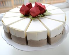 PAPER Strawberry cheesecake favor boxes (whole cake is 12 slices) Paper Cake, Strawberry Cheesecake, Strawberry Farm, Cheesecake Cake, So Creative, Love Eat, Box Cake, Favor Boxes, Gift Boxes