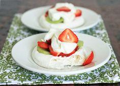 Kiwi-Strawberry Pavlova   Girl Cooks World