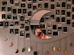 Cute Room Decor, Teen Room Decor, Room Ideas Bedroom, Polaroid Wall, Polaroid Display, Hipster Bedroom Decor, Grunge Room, Room Goals, Aesthetic Room Decor