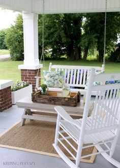 75 Most Antique And Beautiful Farmhouse Front Porch Decoration Ideas 0530