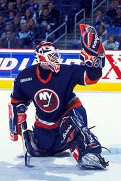 New York Islanders - Felix Potvin Hockey Shot, Ice Hockey Teams, Hockey Goalie, Field Hockey, Hockey Players, Hockey Stuff, Nhl, Goalie Mask, New York Islanders