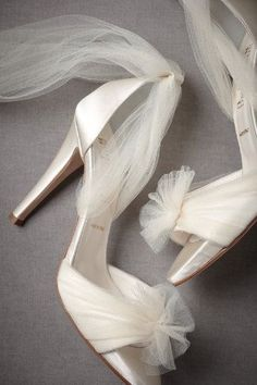 these tulle-wrap shoes are Stunning. For the bride...