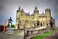 Steen Castle  by Camelia C
