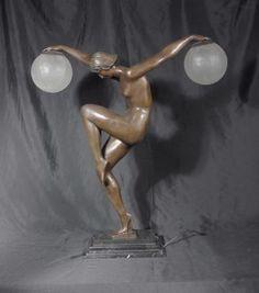 CLASSIC FRENCH ART DECO FIGURINE LAMP LIGHT