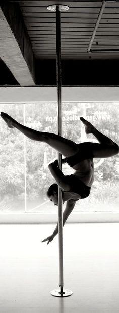 EstiloDF » Apúntate a la moda del Pole Dance