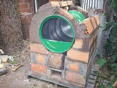 rocket stove and grill Build A Pizza Oven, Diy Pizza Oven, Pizza Oven Outdoor, Outdoor Grill Area, Outdoor Kitchen Patio, Fire Pit Grill, Fire Pit Backyard, Parrilla Exterior, Outdoor Cooking Stove