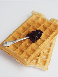 Gofry owsiano-orkiszowe dla alergika, bez jajek, wegańskie, bez cukru Waffles, Gluten Free, Breakfast, Recipes, Food, Cuba, Glutenfree, Morning Coffee, Essen