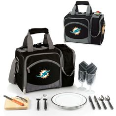 Use this Exclusive coupon code: PINFIVE to receive an additional 5% off the Miami Dolphins Malibu Picnic Pack at SportsFansPlus.com
