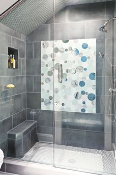 Take your cue from these walk-in showers with stylish seats that invite bathers to sit down and unwind. #showerremodel #showerbenchideas #bathroomideas #walkinshower #bhg Open Bathroom, Small Bathroom With Shower, Small Space Bathroom, Small Showers, Large Shower, Master Bathroom, Bathroom Ideas, Small Bathrooms, Bathroom Designs