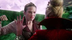 'Once Upon a Time in Wonderland': Shocking and Vicious Moments from 'The Serpent' - Alice Punches the Queen (aka Anastasia)