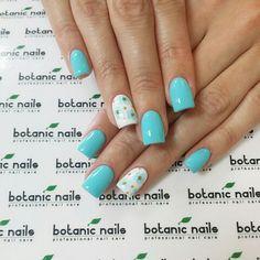 @botanicnails
