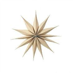 Julstjärna 'Venok' - Ljust trä (L) i gruppen BROSTE COPENHAGEN hos Reforma Sthlm (42700584)