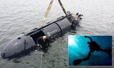 Navy Seals secret 'batsub' revealed: Proteus mini stealth craft can carry six elite forces frogmen underwater [Futuristic Submarines: http://futuristicnews.com/tag/submarine/ Underwater: http://futuristicnews.com/tag/underwater/]