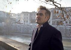 Morrissey in Rome ― via Santuário dos Smiths Blog.