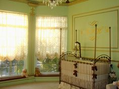 #Green and #gold make a unique statement in the #nursery. #metalliccrib