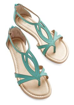 Concentrate Sandal in Emerald by Seychelles - Flat, Leather, Green, Solid, Casual, Beach/Resort, Summer, Best, Variation