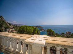 La Villa Mon repos Taormina Sicily, Italy Wedding, Wedding Events, Restaurants, Villa, Hotels, Wedding Inspiration, Summer, Rest
