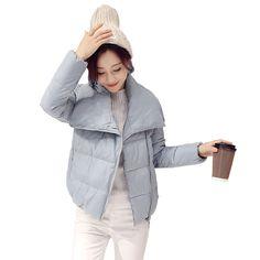 Купить товарНовый Ватные Зимняя Куртка Женщин Хлопка Короткая Куртка Мода 2016 Девушки Мягкий Тонкий Плюс Размер С Капюшоном Парки Женский Пальто в категории Пуховики и паркина AliExpress.         Winter Jacket Women Coats Thick New 2016 Winter Coat Women Parkas Black Removable Large Fur Collar H