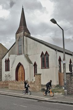 corrugated iron church, Hackney