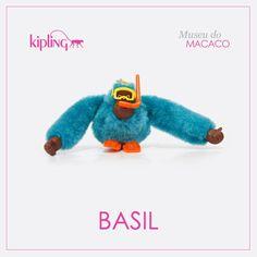 Você sabia que a Kipling tem muitos macacos especiais? Esse é o macaco Basil! Venha conhecer os outros ;)