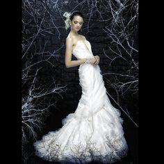 www.binzario.com    Binzario Couture Wedding Dresses