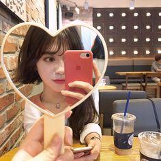Ulzzang Fashion, Ulzzang Girl, Korean Fashion, Ideal Girl, Girl Couple, Girl Inspiration, You're Beautiful, Cute Korean, Korean Outfits