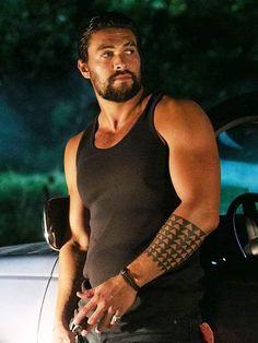 Jason Momoa as King from T. Khal Drogo, Look At You, How To Look Better, Jason Momoa Aquaman, Aquaman Actor, Hollywood, Fine Men, Good Looking Men, Man Crush