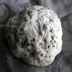 The Growing Foodie: Time-Out: Copycat Garlic and Herb Pizza Dough