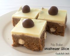 This no bake Malteser Slice (with Thermomix instructions) is super simple to make and is the perfect slice for any occasion! Malteser Slice, Tray Bake Recipes, Baking Recipes, Cake Recipes, Baking Ideas, Square Cakes, Cake Bars, Baking Tins, Dekoration