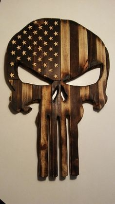 Wooden Punisher Skull Build a Shed With Pallets - Hidden Secret to Free Quality Wood Do you need a s Wooden Pallet Projects, Wooden Pallet Furniture, Wooden Pallets, Pallet Ideas, Wooden Crafts, Wooden Diy, Diy Crafts, Punisher Skull, Punisher Tattoo