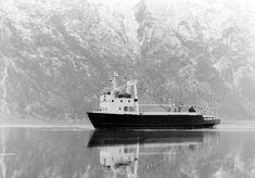 Boat Plans, Bergen, Ships, Product Design Poster, Boats, Ship
