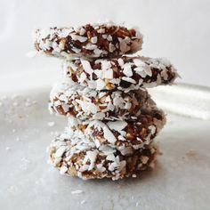Quinoa Trailmix No-bake Cookies