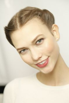 Backstage | Carolina Herrera Fall13 | karlie kloss