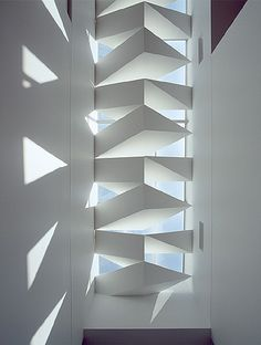 Skylight over stairwell - at Yarra Bend House iMelbourne, Victoria, Australia - by John Wardle Architects home city Architecture Details, Interior Architecture, Interior Design, Minimal Architecture, Australian Architecture, Residential Architecture, John Wardle, Modern Spaces, Ceiling Design