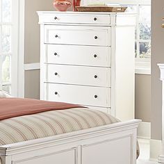 Derby Run 7 Drawer Chest