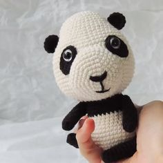 DIY Tutorial (step by step) panda amigurumi (crochet pattern): Class Crochet Monkey Pattern, Crochet Panda, Crochet Dog Patterns, Amigurumi Patterns, Crochet Dolls, Crochet Baby, Amigurumi Tutorial, Patron Crochet, Crochet Christmas Decorations