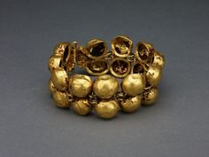 Roman, probably from Italy        Bracelet, 1st/2nd century A.D.              Gold. Would make lovely ankle raclet