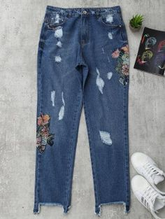 Ripped Cutoffs Floral Embroidered Jeans - Denim Blue