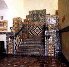 Santa Barbara Courthouse ~ There are also many decorative tiles from Tunisia. These tiles can be found at the main stairs.