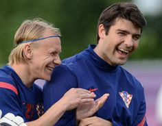 Tottenham Hotspur announced that defender Vedran Corluka was to move to Lokomotiv Moscow.