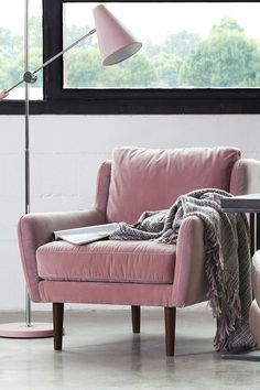 More things in life should be pink. #PinkChair
