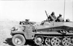 23 Amazing Images of the The Afrika Korps - DAK Mg34, Afrika Corps, Radios, North African Campaign, Erwin Rommel, Italian Army, Germany Ww2, Ww2 Photos, History Online
