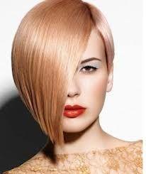 Risultato della ricerca immagini di Google per http://www.grafiksmania.com/images/joomgallery/details/capelli_alla_moda_foto_6/foto_tagli_capelli_corti_2013_17/taglio-capelli-corti-da-un-lato-lunghi-dall-altro-2013_20130215_1483632503.jpg