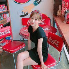 Korean Fashion Summer, Korean Street Fashion, Korea Fashion, Boy Fashion, Pin Up Girls, Cute Girls, Asian Bangs, Uzzlang Girl, Grunge Girl