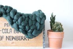 Chunky plaid, handmade. @itssolovable Www.esthermaria.nl