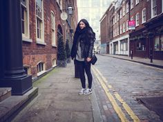 LONDON CALLING   TheChicItalian   February editors note + travel outfit with H&M faux leather biker jacket, Isabel Marant Bart sneakers & ASOS pony hair cross body bag