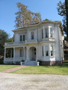 Victorian house, Old Town Pasadena, CA