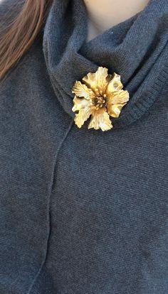 This vintage brooch knows just how to make a turtleneck stylish again!