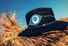 Handpainted hat eye!!!!By Sissy Marinou