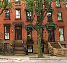 New York City posts an online guide on ways of greening a historic rowhouse without marring its distinctive architectural features. News Highlights, Architectural Features, Ny Times, New York City, Solar, Mansions, Architecture, House Styles, Home